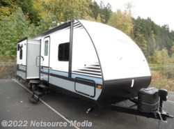 New 2017  Forest River Surveyor Couples Coach 285IKDS by Forest River from U-Neek RV Center in Kelso, WA