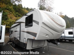 New 2017  Forest River Wildcat Maxx F302RL by Forest River from U-Neek RV Center in Kelso, WA