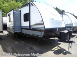 New 2018  Forest River Surveyor Couples Coach 226RBDS by Forest River from U-Neek RV Center in Kelso, WA