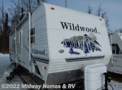 Used 2006  Forest River Wildwood M-28FBSS by Forest River from Midway Homes & RV in Grand Rapids, MN