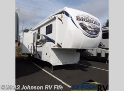 Used 2011  Heartland RV  3070RL by Heartland RV from Johnson RV in Puyallup, WA
