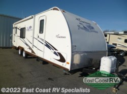 Used 2010  Coachmen Freedom Express 280RLS by Coachmen from East Coast RV Specialists in Bedford, PA