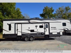 Used 2017  Forest River  Palomino PUMA M-373QSI by Forest River from Campers Inn RV in Kings Mountain, NC