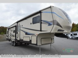 Used 2015  CrossRoads Sunset Trail 33RL by CrossRoads from Campers Inn RV in Mocksville, NC