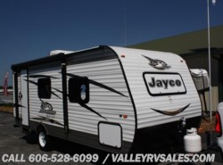 New 2018  Jayco Jay Flight SLX 195RB by Jayco from Valley RV Sales in Corbin, KY