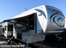 New 2018  Palomino Columbus Compass Fifth Wheel 298-RLC by Palomino from Parris RV in Murray, UT