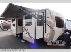 New 2018  Forest River Rockwood Signature Ultra Lite 8324BS by Forest River from Parris RV in Murray, UT