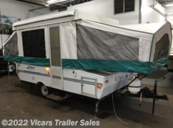 Used 2002  Forest River Rockwood Freedom 1910 by Forest River from Vicars Trailer Sales in Taylor, MI