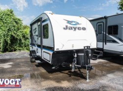 Used 2017  Jayco Hummingbird 17FD by Jayco from Vogt Family Fun Center  in Fort Worth, TX