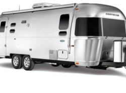New 2018  Airstream Flying Cloud 27FB Twin by Airstream from Vogt Family Fun Center  in Fort Worth, TX
