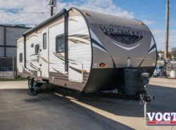 Used 2016  Forest River Wildwood 28DBUD by Forest River from Vogt Family Fun Center  in Fort Worth, TX