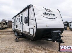 Used 2017  Jayco Jay Flight SLX  by Jayco from Vogt Family Fun Center  in Fort Worth, TX
