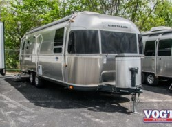 Used 2014  Airstream Classic  by Airstream from Vogt Family Fun Center  in Fort Worth, TX