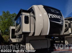 New 2017  Jayco Pinnacle 38FLSA by Jayco from Vogt RV Center in Ft. Worth, TX