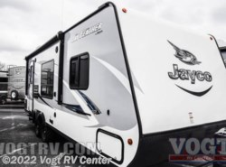 New 2017  Jayco Jay Feather 22FQSW by Jayco from Vogt RV Center in Ft. Worth, TX