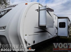 Used 2013  Winnebago  30RE by Winnebago from Vogt RV Center in Ft. Worth, TX