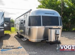 New 2018  Airstream Flying Cloud 30RB by Airstream from Vogt RV Center in Ft. Worth, TX