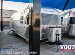 New 2018  Airstream International Serenity 27FB by Airstream from Vogt RV Center in Ft. Worth, TX