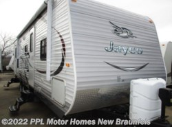 Used 2015  Jayco Jay Flight 28BHBE by Jayco from PPL Motor Homes in New Braunfels, TX