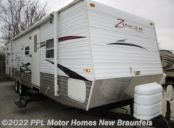Used 2009  CrossRoads Zinger 32QB by CrossRoads from PPL Motor Homes in New Braunfels, TX