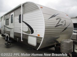 Used 2014  CrossRoads Z-1 252BH by CrossRoads from PPL Motor Homes in New Braunfels, TX