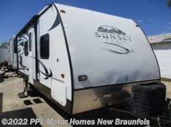 Used 2011  CrossRoads Sunset Trail 22BH by CrossRoads from PPL Motor Homes in New Braunfels, TX