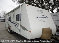 Used 2006  Travel Lite  Trail Cruiser 26QBS by Travel Lite from PPL Motor Homes in New Braunfels, TX