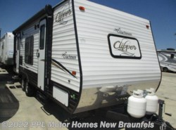 Used 2017  Forest River  Clipper 21FQ by Forest River from PPL Motor Homes in New Braunfels, TX