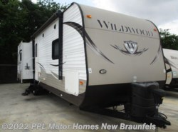 Used 2014  Forest River Wildwood 31BKIS by Forest River from PPL Motor Homes in New Braunfels, TX