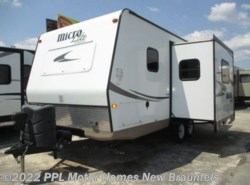 Used 2016  Forest River  Micro Lite 21DS by Forest River from PPL Motor Homes in New Braunfels, TX