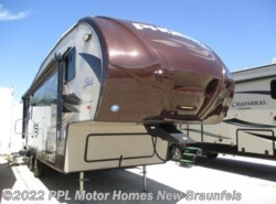 Used 2014  Shasta Phoenix Rise 27RL by Shasta from PPL Motor Homes in New Braunfels, TX