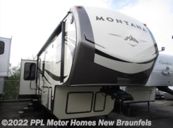 Used 2016 Keystone Montana Luxury 3791RD available in New Braunfels, Texas