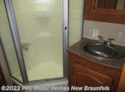 Used 2007  Frontier RV Aspen 29RL by Frontier RV from PPL Motor Homes in New Braunfels, TX
