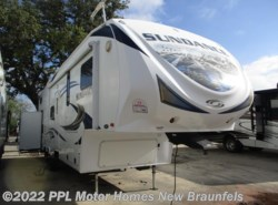 Used 2013  Heartland RV Sundance 3300RLB