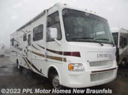 Used 2008  Damon Daybreak 3270 by Damon from PPL Motor Homes in New Braunfels, TX
