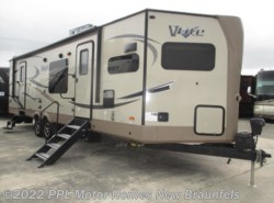 Used 2017  Forest River Flagstaff V-Lite 30WFKSS by Forest River from PPL Motor Homes in New Braunfels, TX
