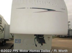 Used 2001  Nu-Wa  Hitch Hiker 29K by Nu-Wa from PPL Motor Homes in Cleburne, TX