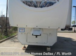 Used 2009  Heartland RV  Big Horn 3670RL by Heartland RV from PPL Motor Homes in Cleburne, TX