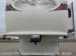 Used 2011  Jayco Pinnacle 34 RLTS by Jayco from PPL Motor Homes in Cleburne, TX