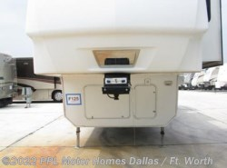 Used 2008  Keystone Montana 3665 RE by Keystone from PPL Motor Homes in Cleburne, TX