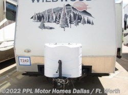 Used 2008  Forest River Wildwood 282RBSS by Forest River from PPL Motor Homes in Cleburne, TX