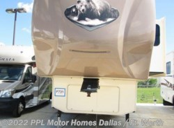 Used 2015  Forest River Cedar Creek 29IK by Forest River from PPL Motor Homes in Cleburne, TX