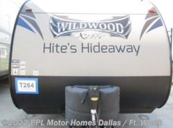 Used 2016 Forest River Wildwood X-Lite 261BHXL available in Cleburne, Texas