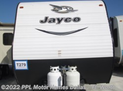 Used 2017  Jayco Jay Flight SLX 245 RLSW by Jayco from PPL Motor Homes in Cleburne, TX