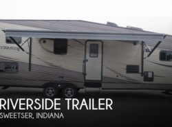Used 2014  Riverside RV  Riverside Trailer 32 LOFT RB by Riverside RV from POP RVs in Sarasota, FL