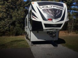 Used 2015  Dutchmen Voltage V-3895 by Dutchmen from POP RVs in Sarasota, FL
