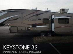 Used 2015 Keystone Cougar 32 available in Sarasota, Florida