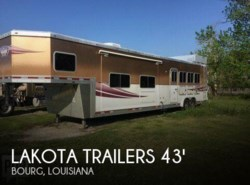 Used 2009  Lakota  Trailers Grande LQ 4 Horse Trailer (M-84HSLGN17) by Lakota from POP RVs in Sarasota, FL