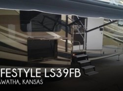 Used 2015  Lifestyle Luxury RV Lifestyle LS39FB by Lifestyle Luxury RV from POP RVs in Sarasota, FL