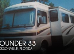 Used 2005  Fleetwood Bounder 33 by Fleetwood from POP RVs in Sarasota, FL